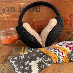 fire monkey Accessories - ✨CABLE KNIT + FAUX FUR EAR MUFFS✨